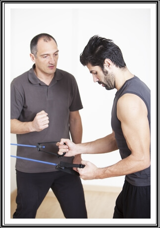 Biceps Tendinitis21402062426 How Physical Therapy Helps Biceps Tendinitis (Prevention + Treatment)
